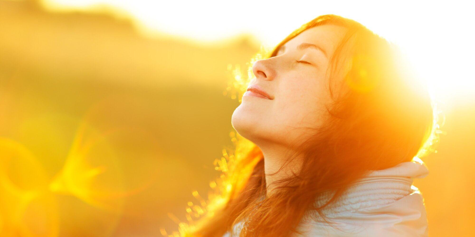 The autumn flower of sun flare. autênticas - pessoas aut  nticas - 7 qualidades que pessoas autênticas têm em comum