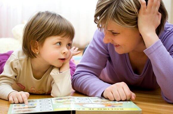 """ensinar - ensinar - O valor de ensinar as crianças a dizer """"obrigado"""", """"por favor"""" e """"bom dia"""""""