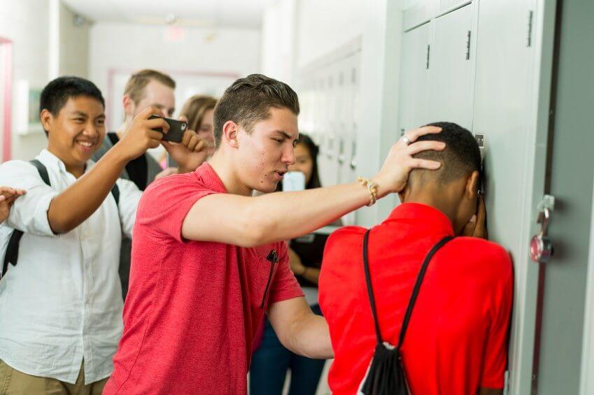 bullying - bullying - Precisamos falar sobre Bullying