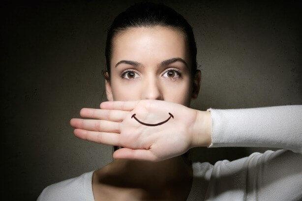 depressão sorridente - depress  o sorridente - Depressão sorridente: Quando a tristeza se esconde atrás de um sorriso